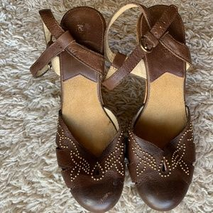 Michael Michael Kors Wooden Brown Leather Heels 8M